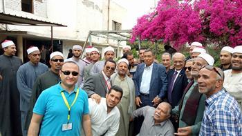 نائب بالإسماعيلية يحشد المواطنين للإدلاء بأصواتهم | صور