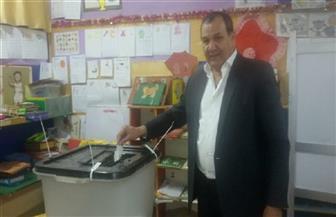 مدير الإعلام بوزارة الرياضة بعد تصويته: المشاركة في الانتخابات واجب وطني