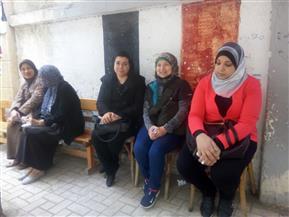 زحام أمام اللجان الانتخابية بالإسكندرية قبل فتح باب التصويت لليوم الأخير