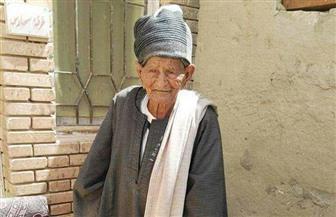 مسن يبلغ من العمر 103 أعوام يدلي بصوته في الانتخابات الرئاسية| صور