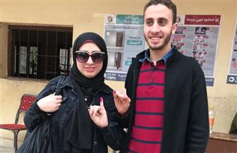 أرملة الشهيد محمد عمرو البدري تدلي بصوتها في الانتخابات بركة السبع | صور