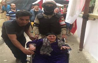 معمرة تبلغ من العمر 100 عام تدلي بصوتها الانتخابي في الأميرية | صور