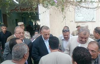محافظ الجيزة يتفقد لجان الانتخابات | صور