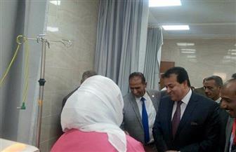 وزير التعليم العالي يفتتح وحدة الغسيل الكلوي بمستشفي أسوان الجامعي