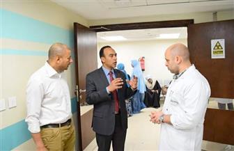 محمد محمود ابن الأقصر وخبير هندسة الفضاء باليابان يزور مستشفى الأورام | صور