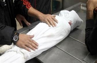 مصرع طفلة سقطت من أعلى سلم خشبي بمنزلها بملوي بالمنيا