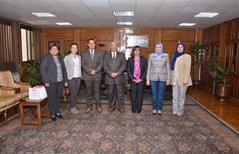 رئيس جامعة أسيوط يستقبل وفد السفارة الفرنسية بالقاهرة لبحث سبل التعاون | صور