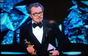 """جاري أولدمان يفوز بأوسكار أفضل ممثل عن فيلم """"داركيست آور"""""""