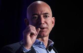 """جيف بيزوس يبيع حصة من أسهم """"أمازون"""" بقيمة 3 مليارات دولار"""