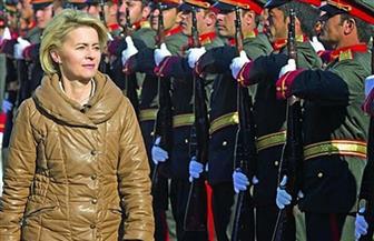 وزيرة الدفاع الألمانية تزور جنود بلادها في أفغانستان بمناسبة عيد الميلاد