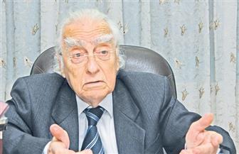 """مراد وهبة: النخبة المصرية في غيبوبة.. والدولة تحتاج لمسحراتى يقول """"اصحى يا مثقف"""""""