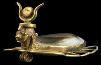 رأس نفرتيتي وحلي ومجوهرات نادرة يعرضها المتحف المصري احتفالا باليوم العالمي للمرأة | صور