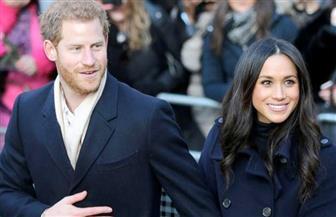 الأمير تشارلز يسير بجوار ميجان فى ممر العروس فى الزفاف الملكى
