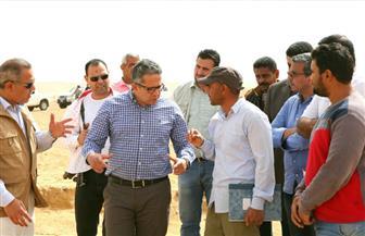 العناني يتفقد أعمال حفائر بعثة جامعة القاهرة في منطقة آثار سقارة   صور
