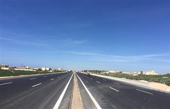 عودة حركة المرور لطبيعتها على طريق الأقصر - أسوان الصحراوي