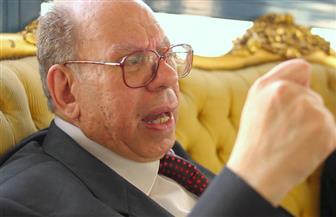 """عضو المجلس الأعلى للثقافة: """"معلقة عمرو بن كلثوم"""" لم تصل إلى 1000 بيت"""