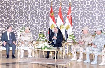 السيسي في اجتماع بكبار قادة القوات المسلحة: الشعب يضع ثقته الكاملة في الجيش والشرطة للقضاء علي الإرهاب