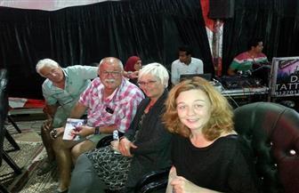 سائحون أجانب يحضرون مؤتمر مستقبل وطن لدعم السيسي بسفاجا |صور