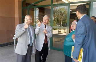 نائب رئيس جامعة الأزهر ومستشار وزير الصحة يتفقدان مستشفى الجامعة التخصصي