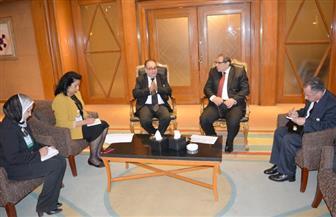 وزير القوى العاملة: المشروعات القومية أسهمت في تحسن نسبة البطالة في مصر | صور