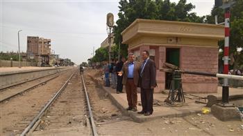 رئيس السكة الحديد يقود حملة مرورعلى خطوط الهيئة بالمنطقة المركزية ووسط الدلتا| صور