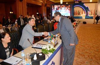 سعفان يقدم التعازي لوفد الجزائر المشارك بمؤتمر العمل العربي في ضحايا الطائرة العسكرية  صور
