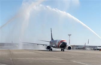 طائرة مصر للطيران تهبط في موسكو بعد عودة الرحلات الجوية بين البلدين | صور وفيديو
