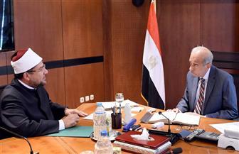 رئيس الوزراء يلتقي وزير الأوقاف لعرض إجراءات التطوير والاستعدادات لرمضان