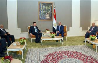 الرئيس السيسي  يلتقي فايز السراج  بمقر إقامته بالدمام