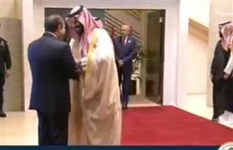 الرئيس السيسي يصل إلى مقر انعقاد القمة العربية بالظهران