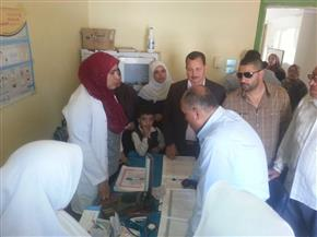 إحالة 40 من العاملين بالمحليات والصحة في مركز سمنود إلى التحقيق | صور
