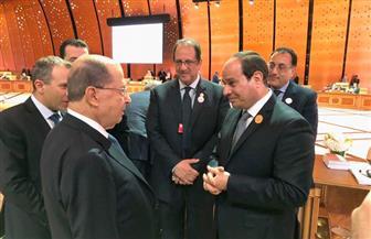 الرئيس السيسي يلتقي على هامش القمة العربية بالرئيس اللبناني