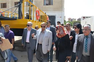 محافظ الإسماعيلية يدشن معديتين صنعهما طلاب مدرسة صناعية بتكلفة 300 ألف جنيه | صور