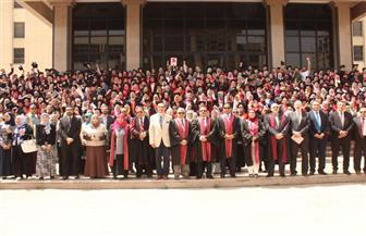 تخريج الدفعة الـ 40 من طلاب صيدلة طنطا بمشاركة محافظ الغربية | صور