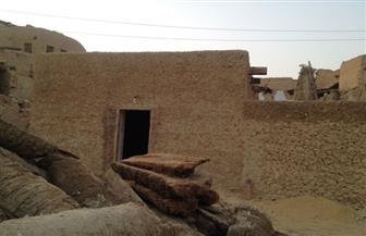 رئيس قطاع الآثار الإسلامية والقبطية يتفقد أعمال ترميم مسجد تطندي بمدينة شالي بواحة سيوة | صور