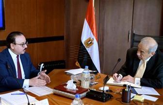 رئيس الوزراء يستعرض مشروعات وزارة الاتصالات بإستراتيجية 2025