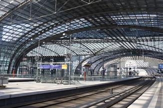قنبلة من مخلفات الحرب العالمية تغلق محطة قطار برلين