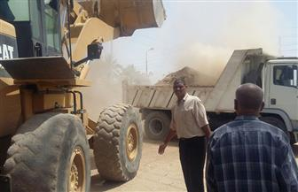 رفع 100 طن مخلفات على جانبى الترع والمصارف بمركز نقادة في قنا | صور