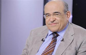 مصطفى الفقي يهدي الرئيس عبد الفتاح السيسي أول موسوعة تُصدرها مكتبة الإسكندرية
