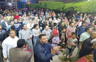أهالى كفر الدوار بالبحيرة يحتفلون بفوز الرئيس السيسى | صور