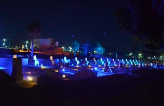 إضاءة معبد الأقصر وطريق الكباش باللون الأزرق احتفالا باليوم العالمي للتوحد | صور