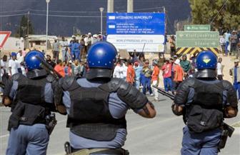 الشرطة تطلق الرصاص المطاطى على متظاهرين قبل وصول الرئيس فى جنوب إفريقيا