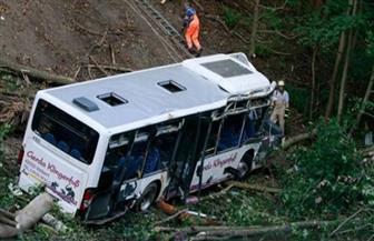 مقتل 30 شخصا في سقوط حافلة سياحية من أعلى جسر بكوريا الشمالية