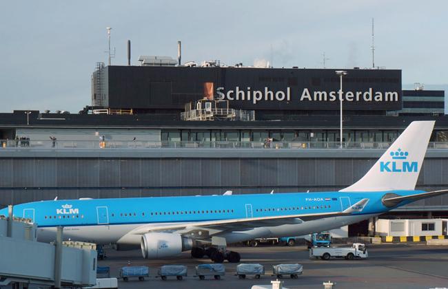 إلغاء عشرات الرحلات الجوية بسبب انقطاع الكهرباء في مطار هولندي -