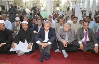 محافظ قنا يشهد احتفال مديرية الأوقاف بليلة النصف من شعبان   صور