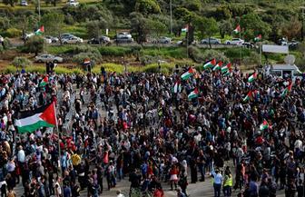 تواصل مسيرات يوم الأرض لليوم الخامس على التوالي.. وإصابة فلسطينيين