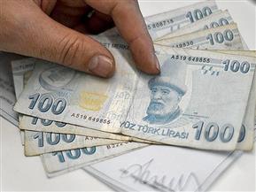 """الليرة التركية """"تهوي"""" لمستويات قياسية مقابل الدولار واليورو"""