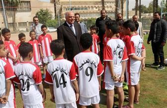 """""""الزناتي"""" يفتتح مدرسة لتعليم كرة القدم بنادي المعلمين بالجزيرة"""