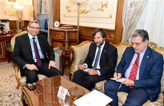 الأمين العام لمجلس النواب يستقبل رئيس وأمين عام الجمعية البرلمانية للبحر الأبيض المتوسط
