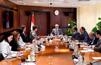 رئيس الوزراء يؤكد التزام مصر بالحد من التلوث البيئي في لقاء مع مسئول أممي